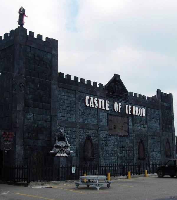 Castle of Terror haunted house in Wisconsin Dells